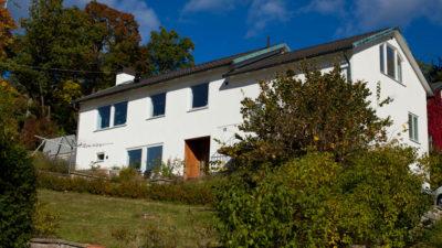 Nyputsad fasad Grönviksvägen 14 Bromma