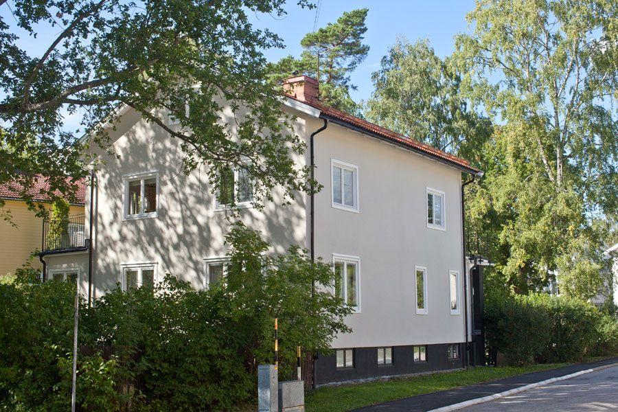 moravagen25-fasadrenovering-gatufasad.jpg